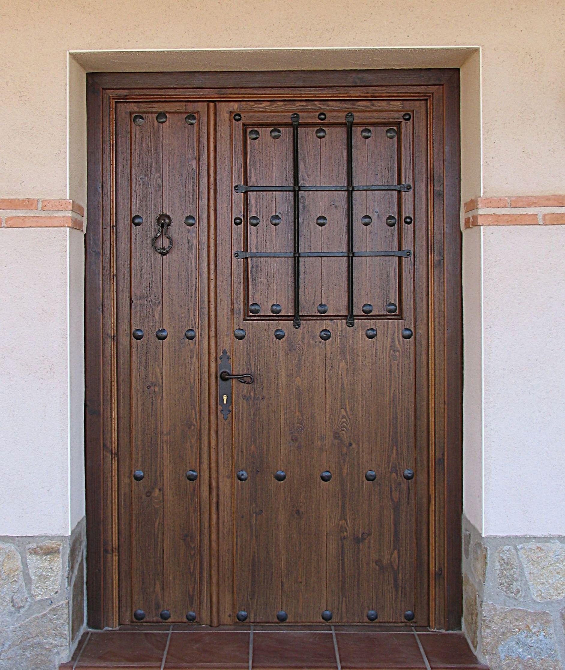 puertas de madera para exterior